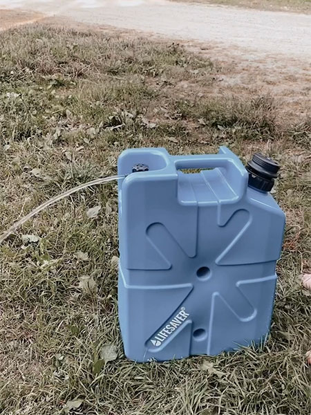 Lifesaver Jerrycan with Open Tap